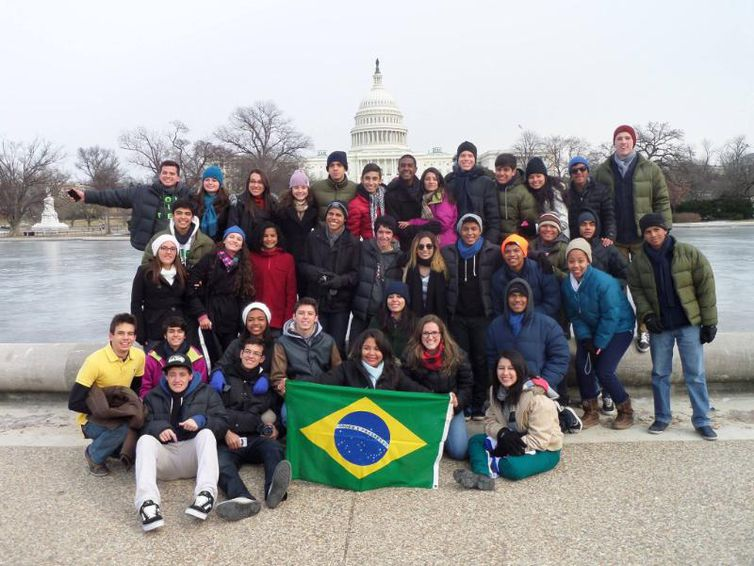 青年大使計画に参加する高校生達(Divulgação)
