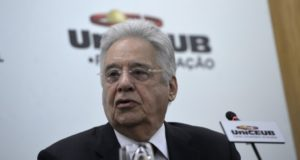 アウキミン氏を案じるカルドーゾ氏(Wilson Dias/Agência Brasil)