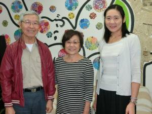 (左から)来社した金兼さん、佐々木さん、後藤さん