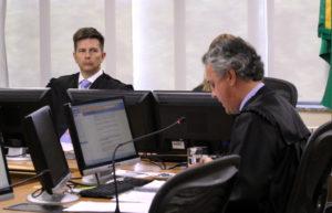 第4地域裁第8小法廷でのルーラ氏第2審(横顔がジェブラン判事、Sylvio Sirangelo/TRF4、24/01/18)