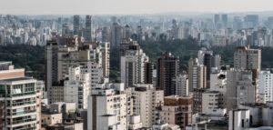 政府がいくら「不況は終わった」と喧伝しても、労働者の懐が実際的に潤わない限り、住宅購入に資金が流れる事はない…(参考画像・Rafael Neddermeyer Fotos Publicas)