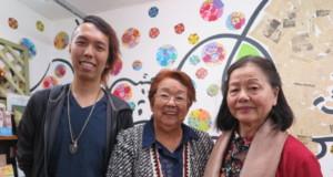青年部員の高井大介さん、斉藤会長、北原副会長