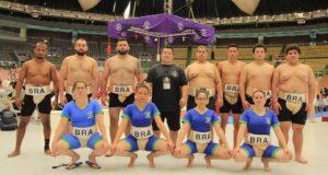 ブラジル代表選手たち。後列右から4人目がアフダ選手