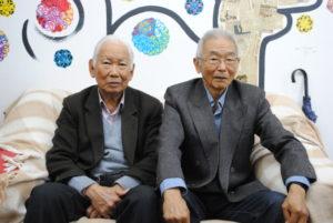左から河崎副会長と宮村会長