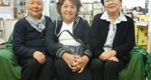 (左から)坂田会長、朝比奈副会長、川野会計