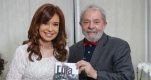 クリスチーナ氏(左)(Ricardo Stuckert/Instituto Lula)