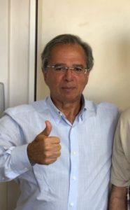 経済大臣かといわれるパウロ・ゲーデス氏(@jairbolsonaro)