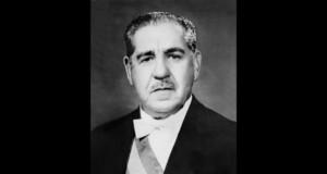 AI5を通過させたコスタ・エ・シウヴァ大統領(当時)(Presidência da República)