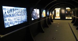 新装オープンした移民史料館の8階。映像を多用した近代的な展示手法になった