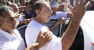 テレビでの告発後、初めて治療施設に現れた時のジョアン・デ・デウス氏(Marcelo Camargo/Agencia Brasil)