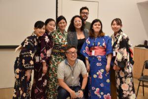 静岡文化芸術大学の学生とジャパン・ハウスのスタッフら