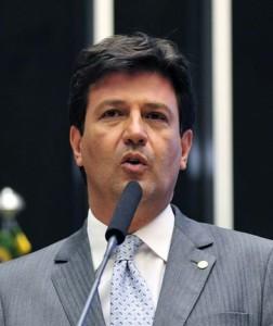 ルイス・エンリケ・マンデッタ保健相(Gustavo Lima/Camara dos Deptados)