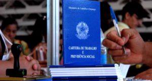 17年11月に時短契約の正規雇用も法制化され、正規雇用の数自体は少しずつ増えているが…(参考画像・Marcello Casal/Ag. Brasil)