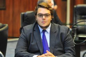 CCJ委員長のフェリペ・フランシスキーニ下議(Pedro de Oliveira)