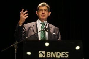 BNDES総裁就任式でのレヴィ(Tânia Rêgo/Agência Brasil)