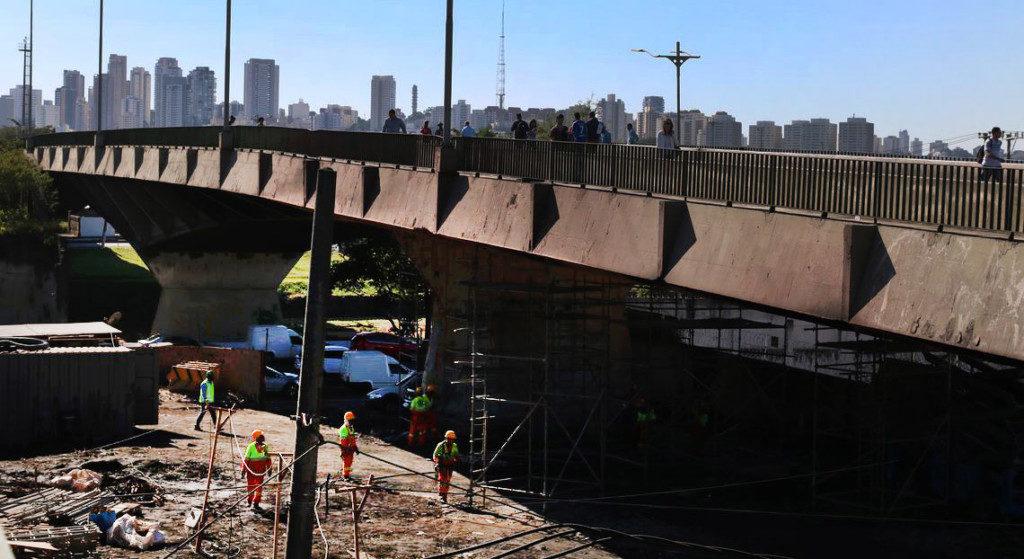 21日に火災が起きたジャグアレー橋(Rovena Rosa/Agencia Brasil)