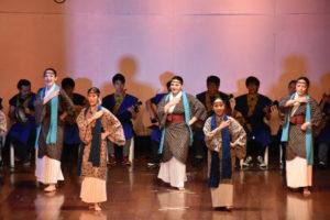 ブラジルと沖縄文化融合で披露された「アザ・ブランカ」の様子