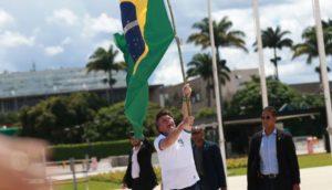 自身の支援デモでのボルソナロ大統領(Jose Cruz)