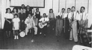 「高原の花」第1回吹込みが行われた1946年6月2日の様子(『コロニア芸能史』より)