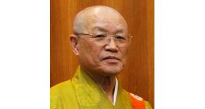 僧侶姿の中野さん
