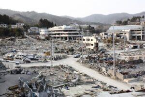 東北大震災で津波が直撃した直後の様子