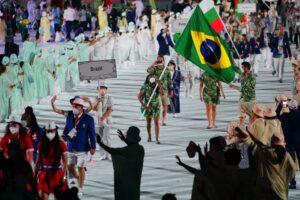 23日、五輪開会式のブラジル代表団の入場行進(Foto: Rodolfo Vilela/rededoesporte.gov.br)