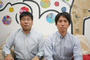 左から宮本新支局長、外山前支局長(撮影のため一時的にマスクを外している)